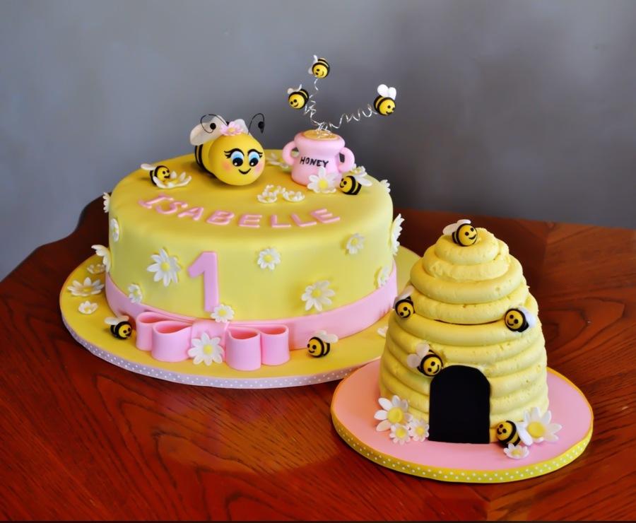 Honey Bee Theme Cake