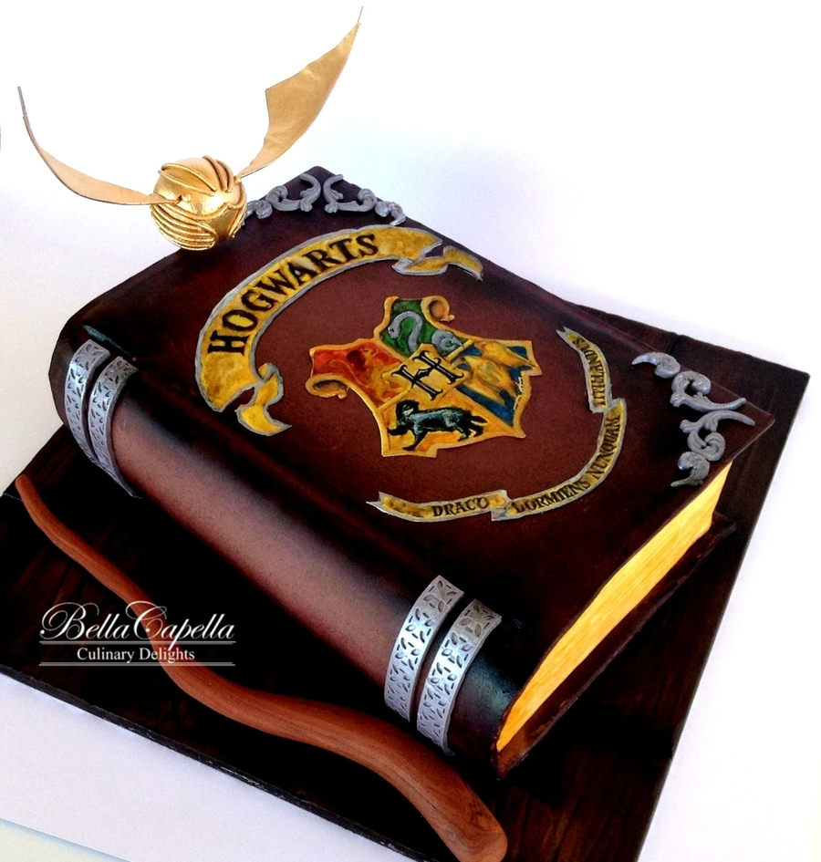 Harry Potter Book Cake : Harry potter spell book cakecentral
