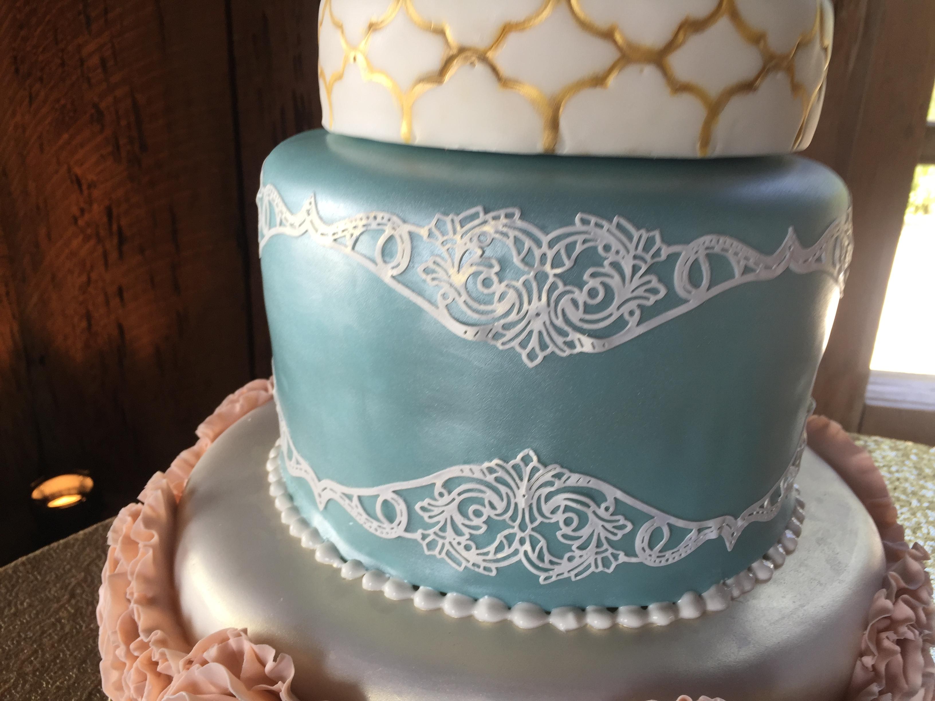 Emily S Ruffled Rosette Wedding Cake Cakecentral Com