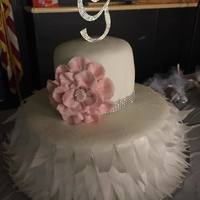 Feather Wedding Cake Wafer paper feathers