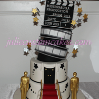 Oscar Theme Graduation Cake I did this cake for the students in my school for their prom
