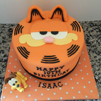 Garfield Birthday Cake (With Odie) I was asked to make a Garfield cake for a 10th birthday.