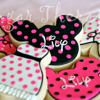 Minnie Mouse Cookies For Icing Smiles. NFSC with RI.