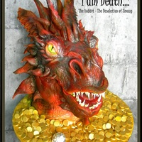Smaug - I Am Death Smaug - I am Death My version of Smaug from Peter Jackson's The Hobbit Trilogy. Smaug rising from a sea of gold.www.sugarandspicecakes...