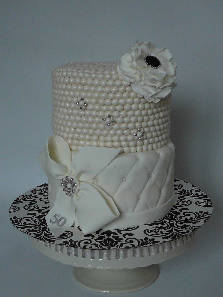 Classy And Elegant Pearl Cake Cakecentral Com