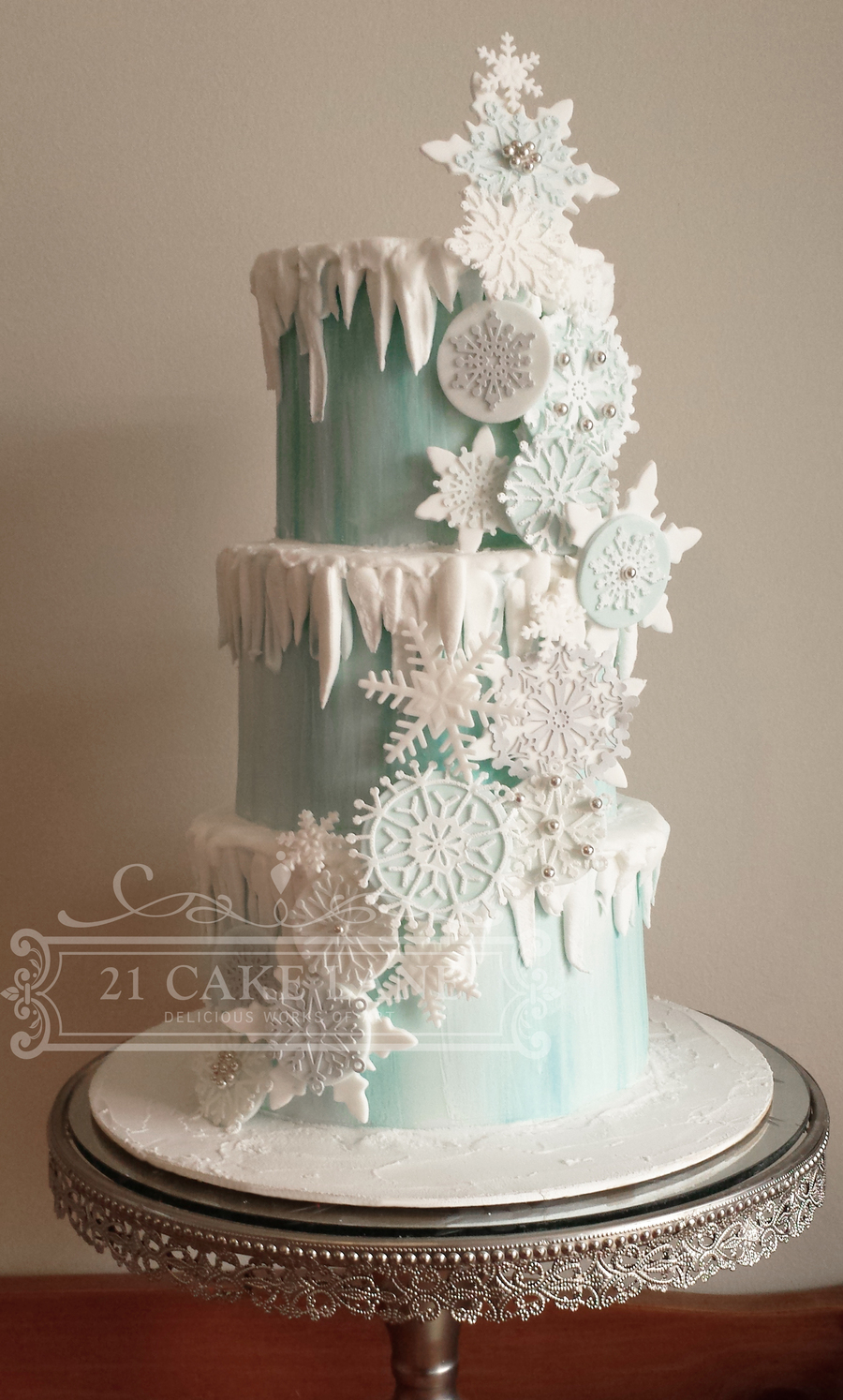 Frozen Snowflake Cake on Cake Central