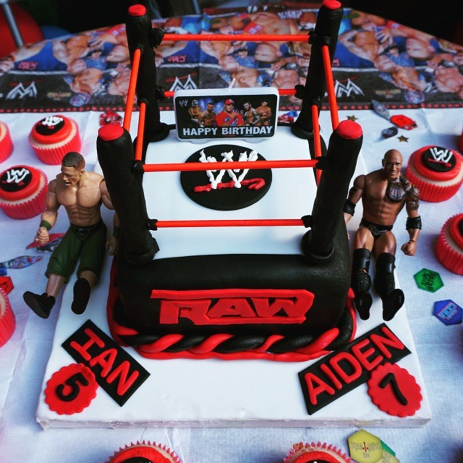 Miraculous Wwe Raw Cake Cakecentral Com Personalised Birthday Cards Paralily Jamesorg
