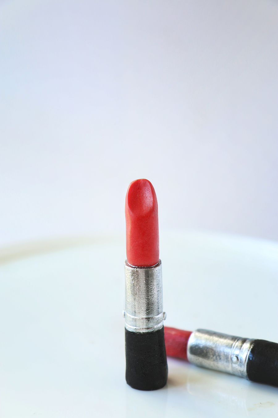 Easy And Accurate Fondant Lipstick on Cake Central