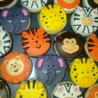 Jungle Cupcakes For a jungle themed baby shower