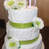 Green Wedding Cake   green ribbon flower cake