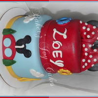 Mickey Mouse Clubhouse Cake   Came with a smash cake and matching cake pops....