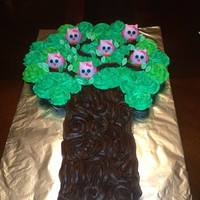 Owl Cupcake Cake Cupcake cake with fondant owls...cupcakes are iced with vanilla and chocolate buttercream