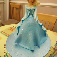 Frozen Princess Princess vanilla and buttercream sponge fondant dress and ice sugar