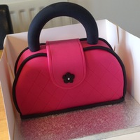 Handbag Cake My first attempt at a handbag cake.