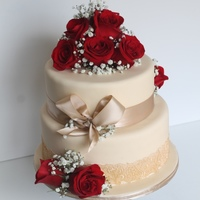 Ivory, Gold & Red Roses Wedding Season. Edible Lace with Fresh Roses!