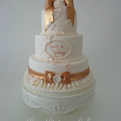 Ivory And Brons Wedding Cake