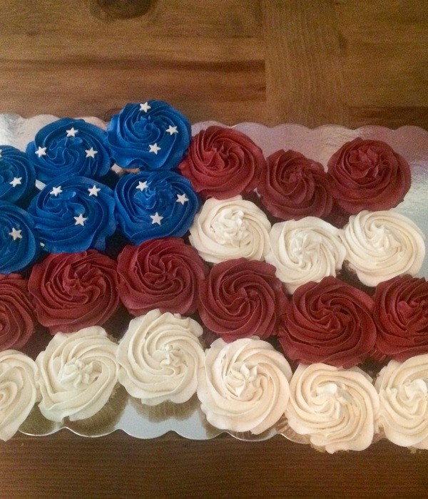 American Flag Pull Apart Cake For The 4Th