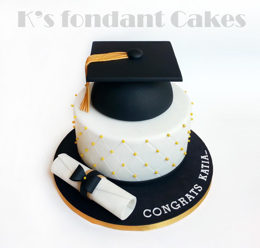 Cake Images Graduation : Graduation Cake - CakeCentral.com