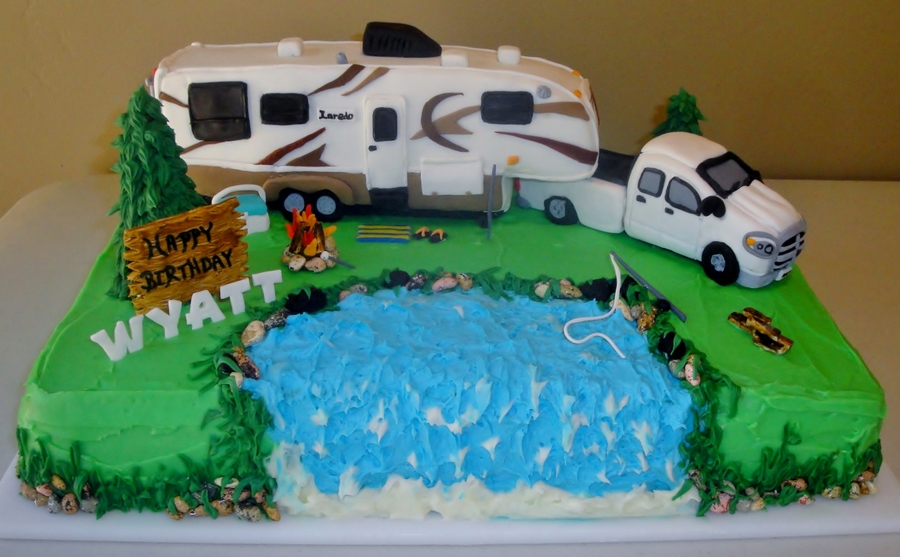Truck And 5Th Wheel Cake - CakeCentral.com