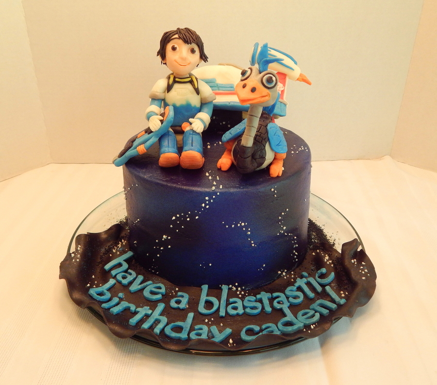 Miles From Tomorrowland Cakecentral Com