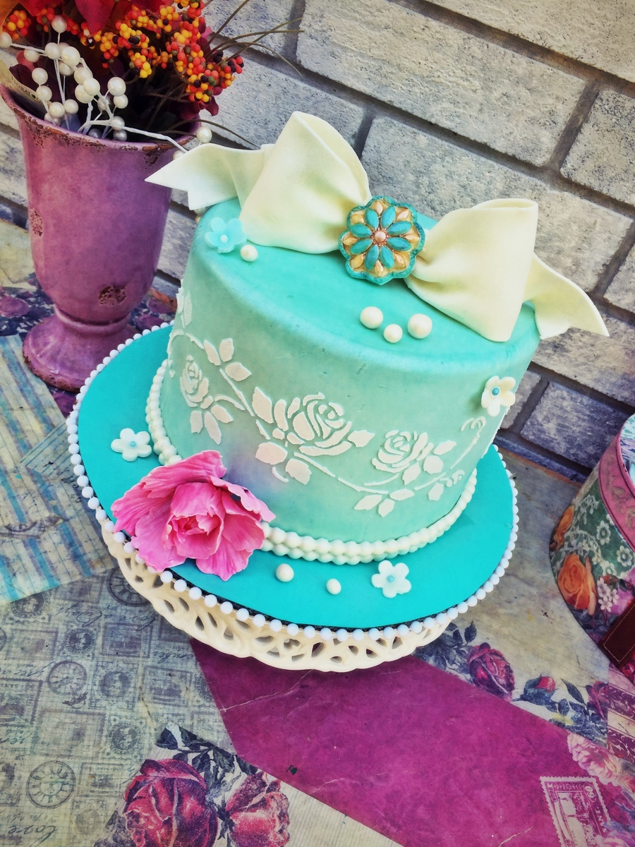 Vintage Girl Birthday Cake