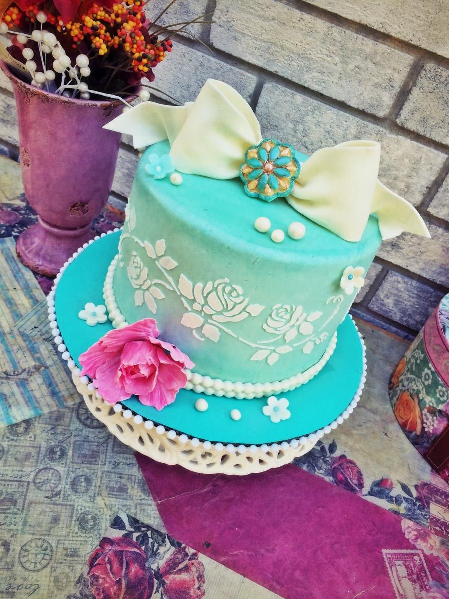 Vintage Birthday Cake Images : Vintage Birthday Cake - CakeCentral.com