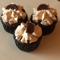 """""""Reese's"""" Cupcakes"""