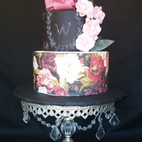 Wedding Cake  2 tiers cakes, 1st layer covered with wafer paper, and i made the second layer looks chalkboard... and made all the flowers with wafer...