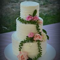 Butter Cream Wedding Cake BC cake with real flowrs