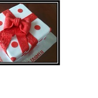 Gift Box   Chocolate cake, covered with fondant