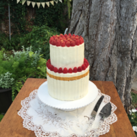 Gilded Berry Wedding Cake This bride provided me with a photo she found on Pinterest...I traced the original design to the Sweet and Saucy cake shop in California. I...