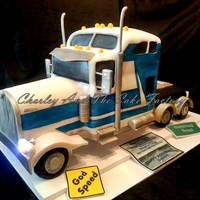 Big Rig Cake, Eighteen Wheeler. All edible lifted cake. First introduction to lights in my cakes. Used for head lights.