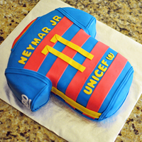 Neymar Jr's Soccer Jersey (Back) I only seem to decorate one cake a year and always for my youngest nieces' birthday. Last year she was into One Direction this...