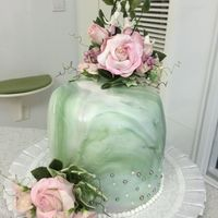 Singe Tier Wedding Cake Walnut cake with chestnut buttercream, gumpaste flowers