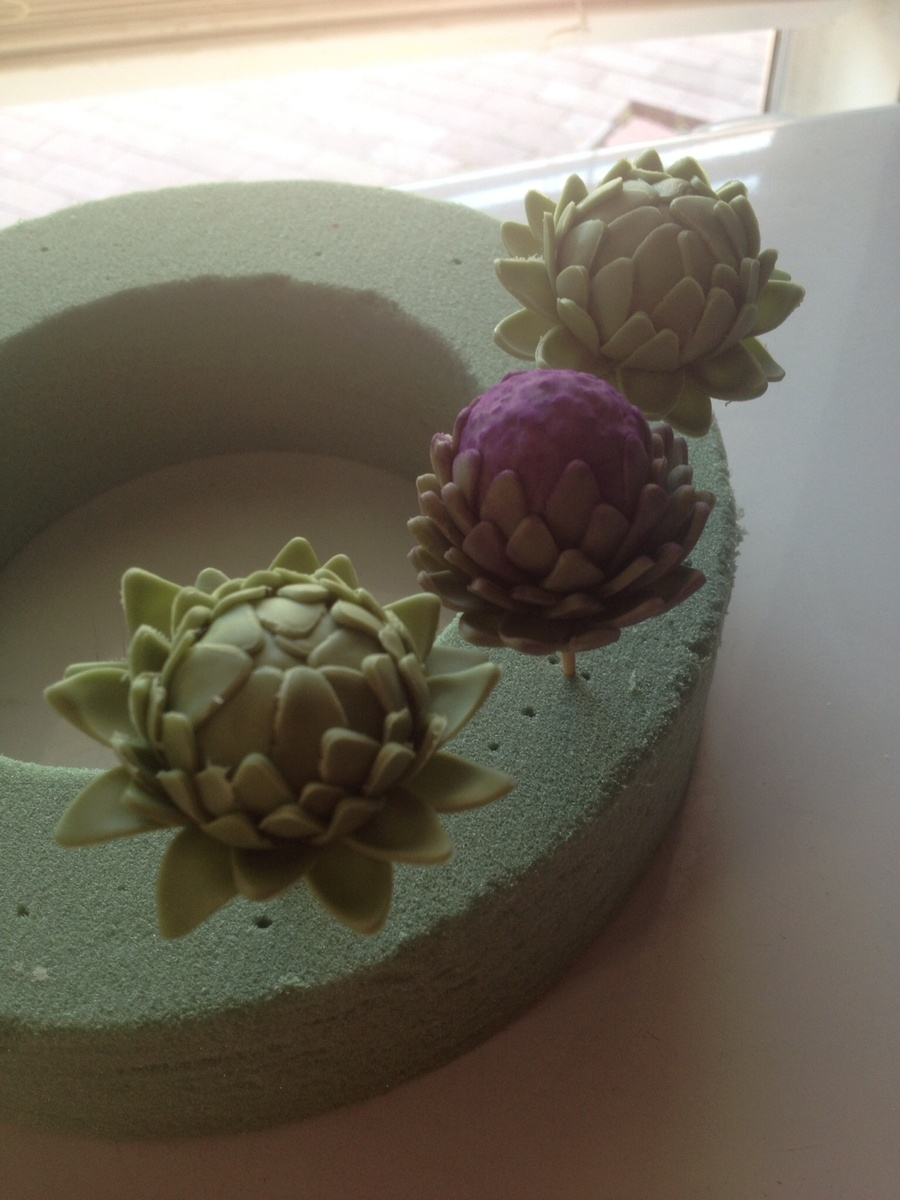 Gumpaste Artichokes on Cake Central