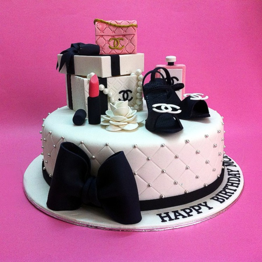 Chanel Gift Sets Birthday Cakes - CakeCentral.com