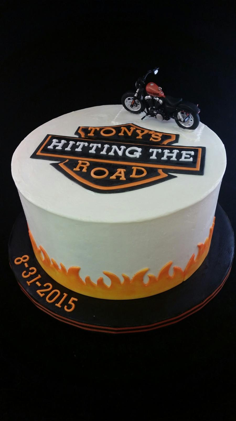 Harley Davidson Cake Decorations Harley Davidson Retirement Cake Cakecentralcom