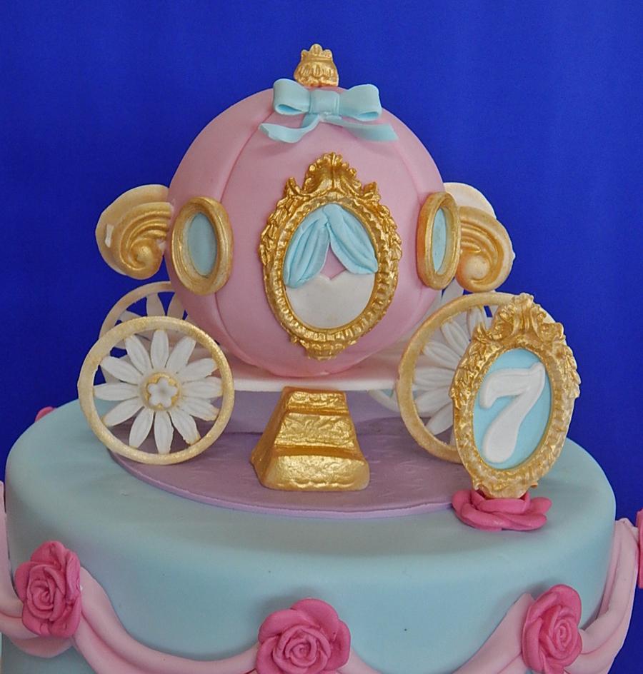 Cinderella Coach Birthday Cake Cakecentral Com