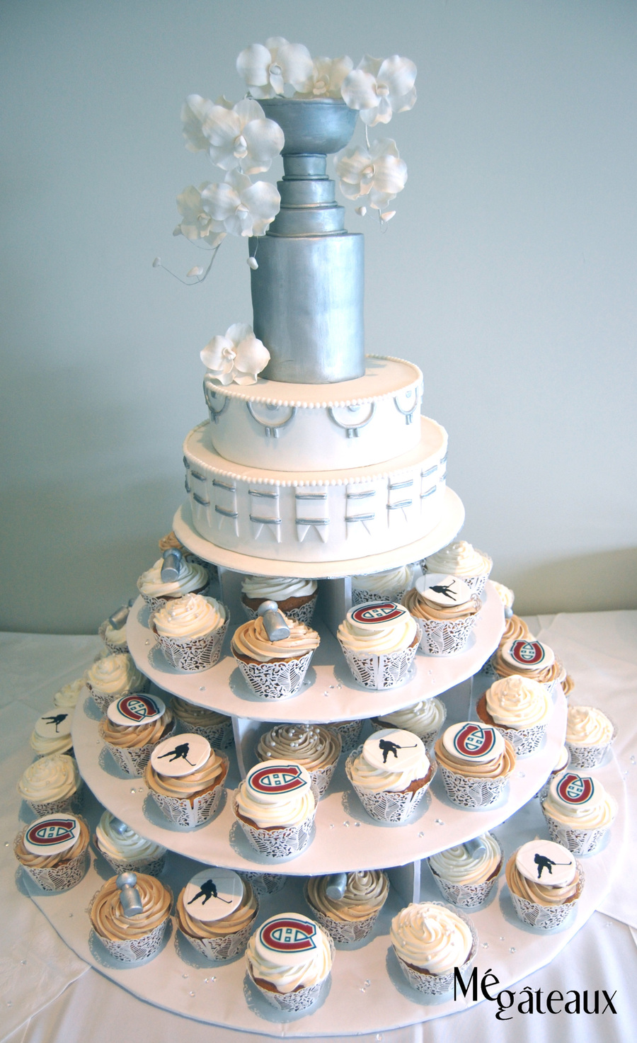 hockey themed wedding cakes hockey theme wedding cakecentral 15261