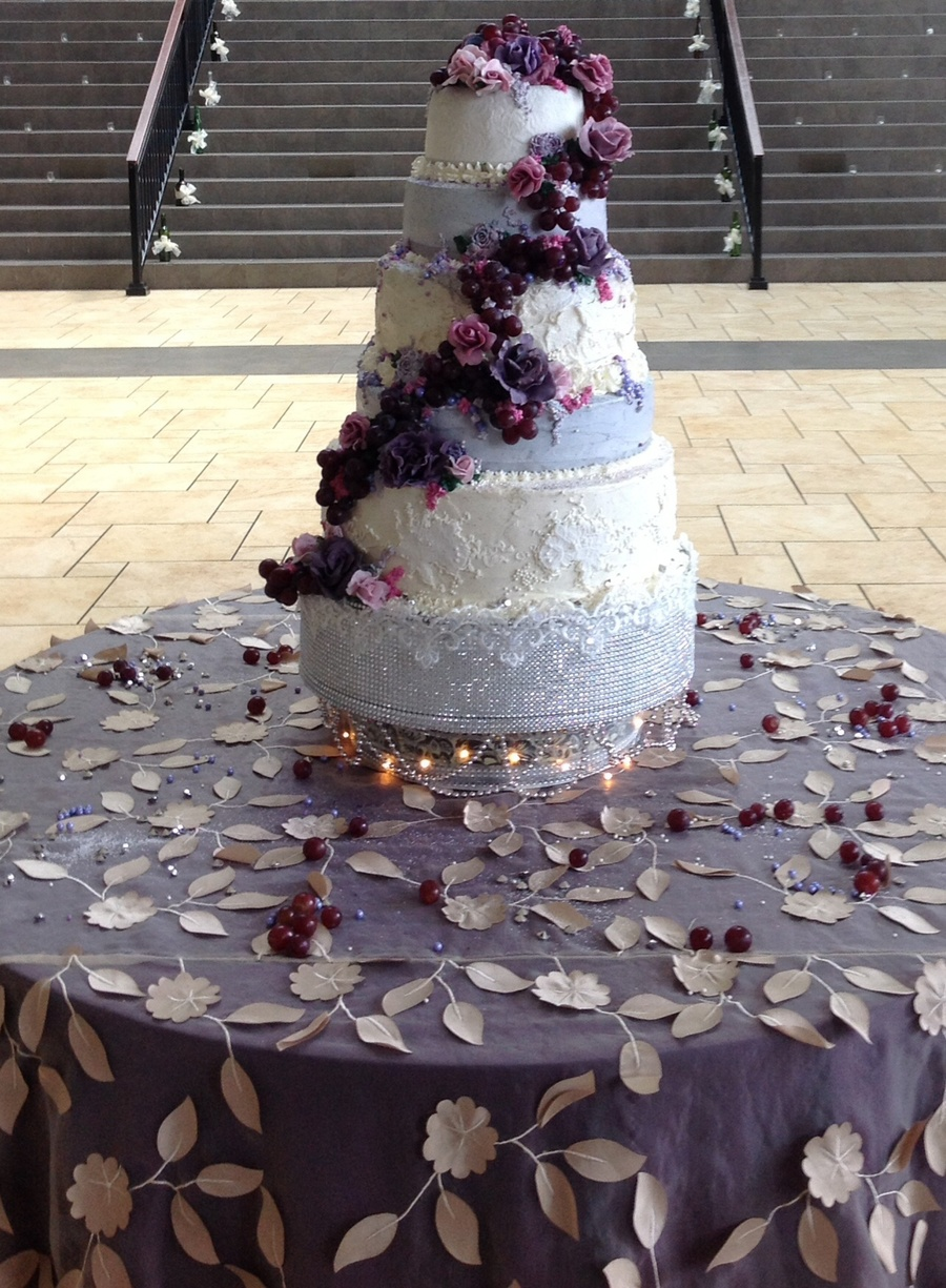 Wine And Roses Wedding Cake By Queen Anne S Lace Cakes Cakecentral Com