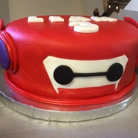Big Hero 6 Cake And Cupcakes This is a single Tier Cake and Cupcakes.