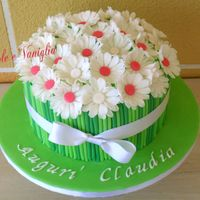 Daisy Bouquet Cake Red Velvet Cake with Cream Cheese