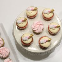 Champagne & Roses Eggless Vanilla Cupcakes with Vanilla Frosting