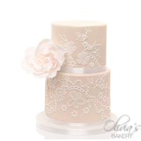 Creme Golden Wedding Cake This wedding cake was shimmering like a pearl when sun light hit it!