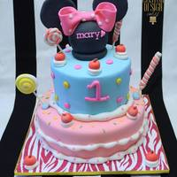 Minnie Mouse Cake My 3rd icing smiles cake. <3