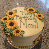 Sunflower Birthday a cake for a 80th birthday lady who loves sunflowers