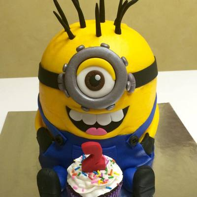 My First Minion Cake