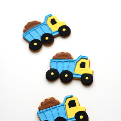 Dump Truck Cookies on Cake Central