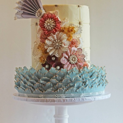 Shabby Chic Vintage Lace Cake