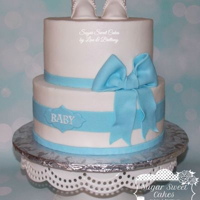 Baby Booties & Bow on Cake Central